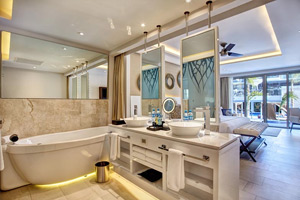 Diamond Club Luxury Junior Suite  - Hideaway at Royalton Riviera Cancun - All Inclusive