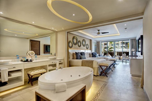 Luxury Suite - Hideaway at Royalton Riviera Cancun - All Inclusive